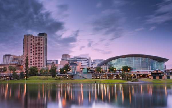 Să Mergem în Adelaide | Zicala.ro