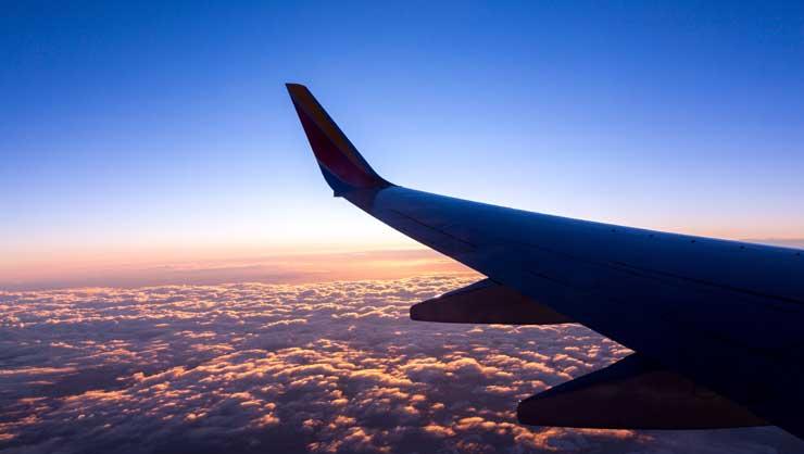 Lista Călătorilor în 2021: lucruri esențiale pe care trebuie să le împachetați
